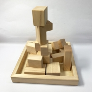 ヒノキの積み木パズル